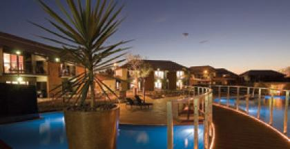 Rendezvous Pool