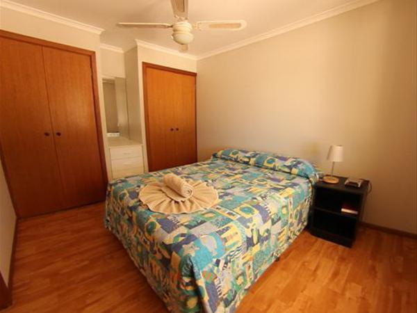 Bedroom in the Beach Shack (Two Bedroom Chalet)