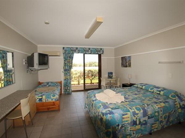 Lodge unit interior