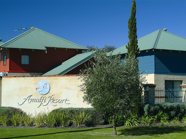 Welcome - Amalfi Resort Busselton