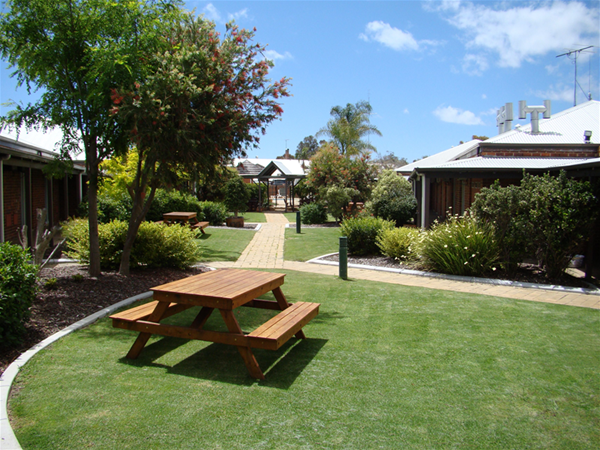 Motel Garden Area