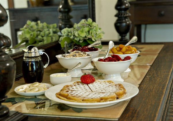 Breakfast with daily cooked specials are included in your tariff!