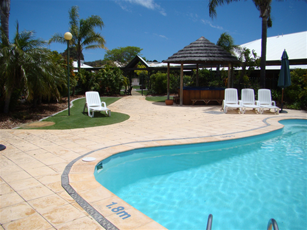 Outdoor Pool & Spa Area