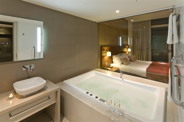 The Sebel Mandurah Hotel - One Bedroom Spa Suite