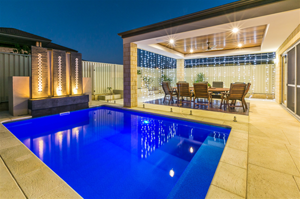 Stunning swimming pool and alfresco