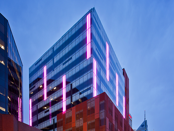 565 Hay Street is the adaptive re-use of a 1960s office block redesigned as high-performance workplace.