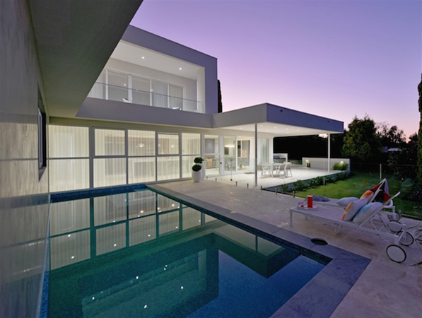 Stylish and contemporary pool