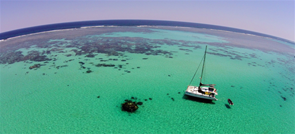 Shore Thing at anchor in remote lagoon of Ningaloo Reef