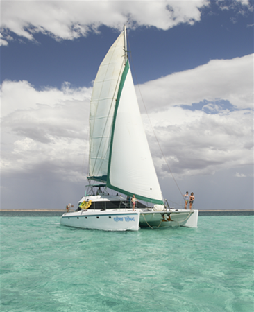 Shore Thing sailing and exploring the Ningaloo Reef in style