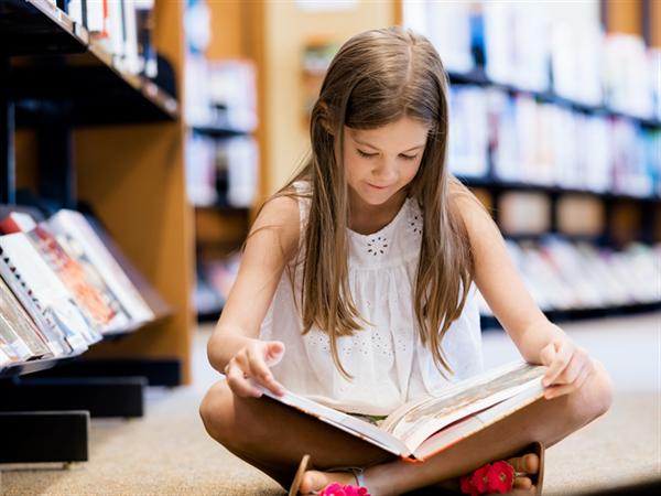 Nouk Child Reading
