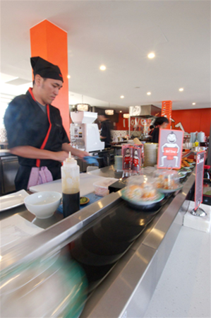 Sushi Wawa - open kitchen with Japanese chefs