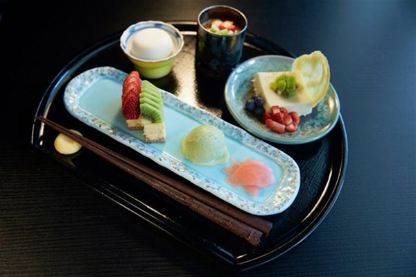 Ama-ozen: Dessert Platter.