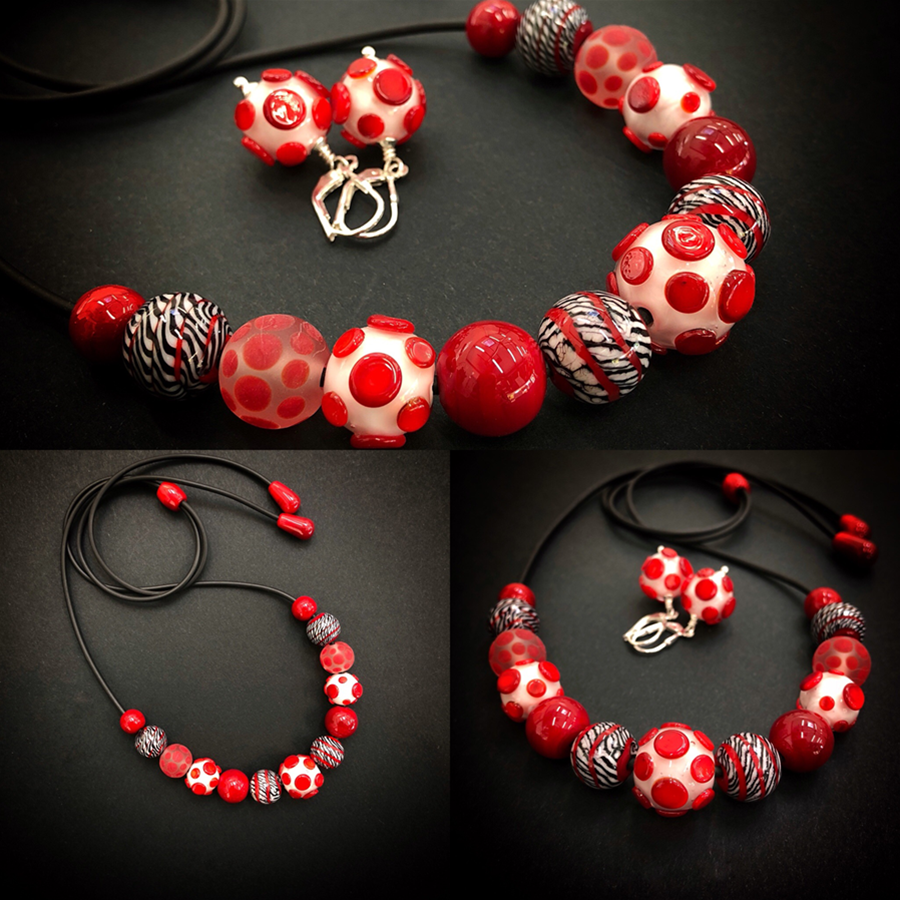 ADJUSTABLE NECKLACE IN REDS