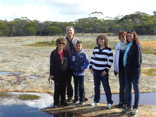 Family tour to Wave Rock