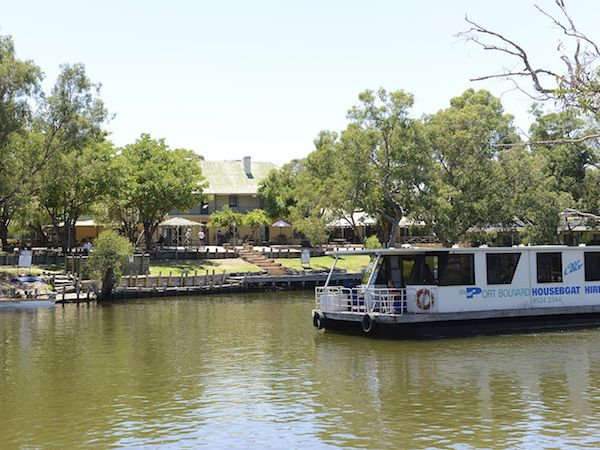 Houseboating on the Murray River