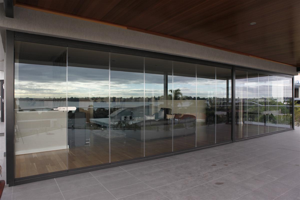Frameless Doors - East Fremantle